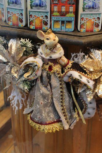 Christmas Queen Cristmas Time♥ christmas decoration Christmas Brussels Brussels❤️ Cristmas Time♥ Christmas Decoration Snow Queen Chocolaterie Chocolat Close-up Souvenir Christmas Christmas Ornament Shop Christmas Present Christmas Market