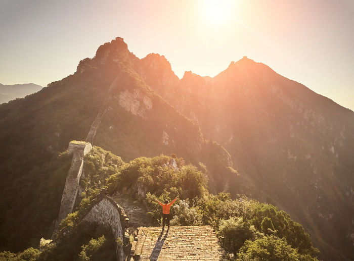 Man standing at great wall of china