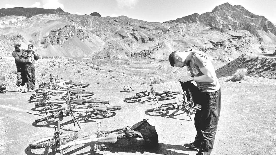 Mountain Bike Cordillera De Los Andes Downhill Bolivia Nature Illimani