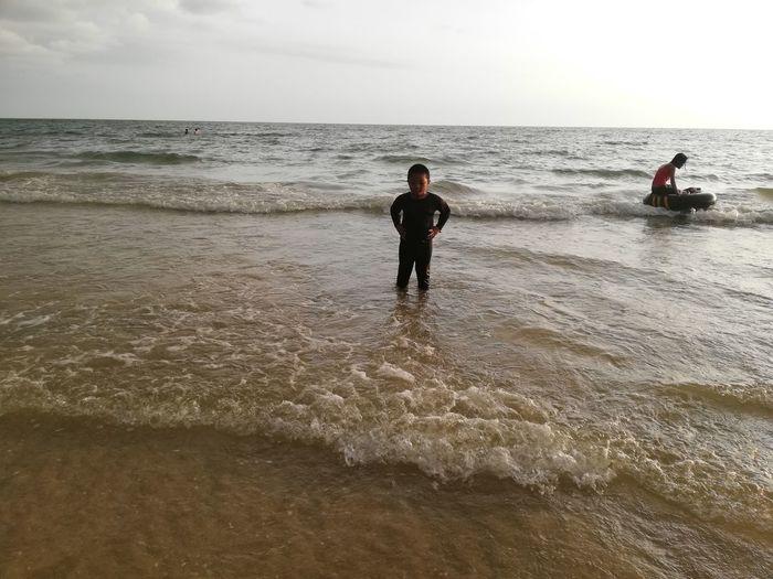 Children enjoy on summer trip 2019,หาดเจ้าหลาว Achi2019 Sea Water Horizon Horizon Over Water Sky Beach Land Motion Beauty In Nature Wave Real People Leisure Activity Scenics - Nature Lifestyles People Nature Sand Men Outdoors