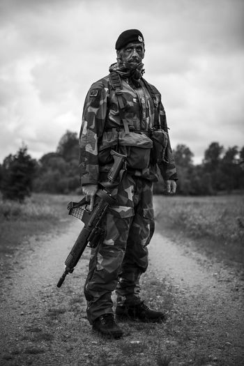 Cadets posing during their traning to become First Sergeants in the Swedish Army. Camouflage Carbine Machinegun Military Rifle Sodiers Soldier Sweden
