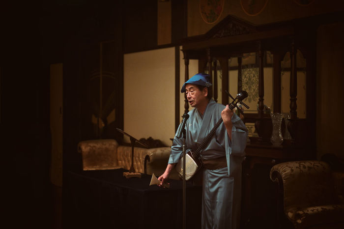 Eye4photography  EyeEm EyeEm Best Shots EyeEm Gallery Eyeem People Japan Japanese Culture Japanese Style Kimono Light And Shadow Music Musical Instrument Musician Old Man Performance Playing Playng Music Shamisen Tree