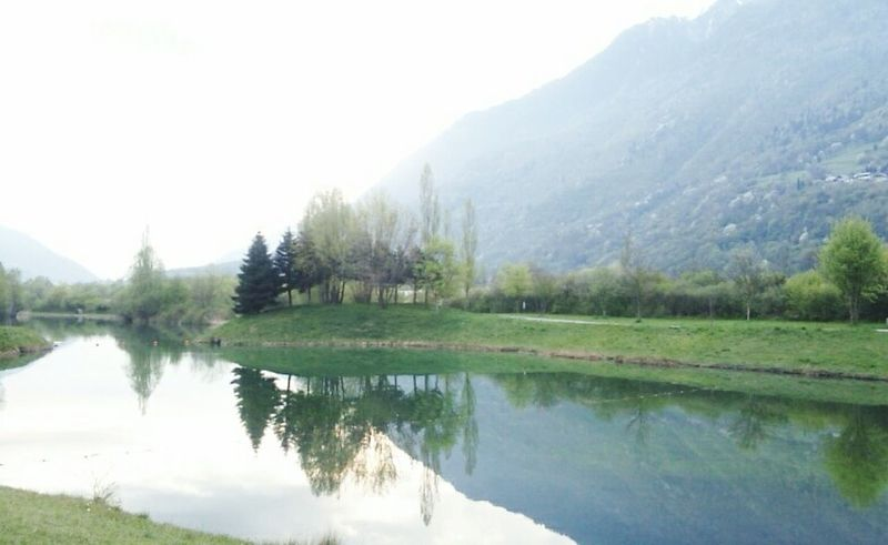 Enjoying Life Taking Photos Primavera Printemps Spring Morning Lightness Water Reflections Landscape