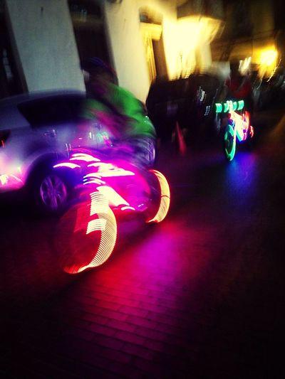 Bicicletas intergalacticas Light Up Your Life