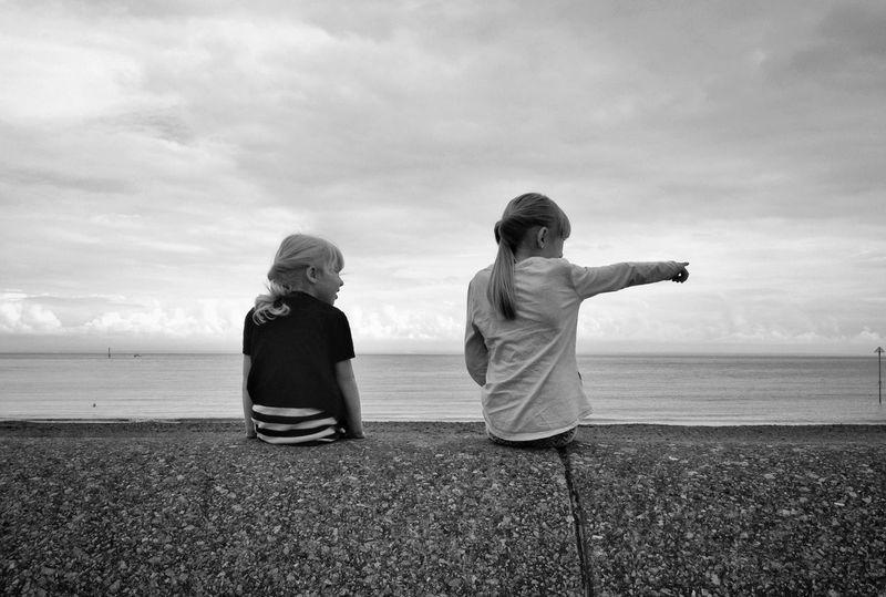 IPSBlackWhite Beach Beachphotography Sisters Blackandwhite Sea Breeze Holiday Children Bnw_friday_eyeemchallenge