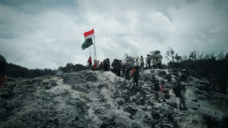 Kawah ratu, Bogor, Indonesia Flag Nature Tree Land Day Outdoors Mountain Patriotism Beauty In Nature Landscape Sky Cloud - Sky Environment Forest Plant Adult Bogor Indonesia