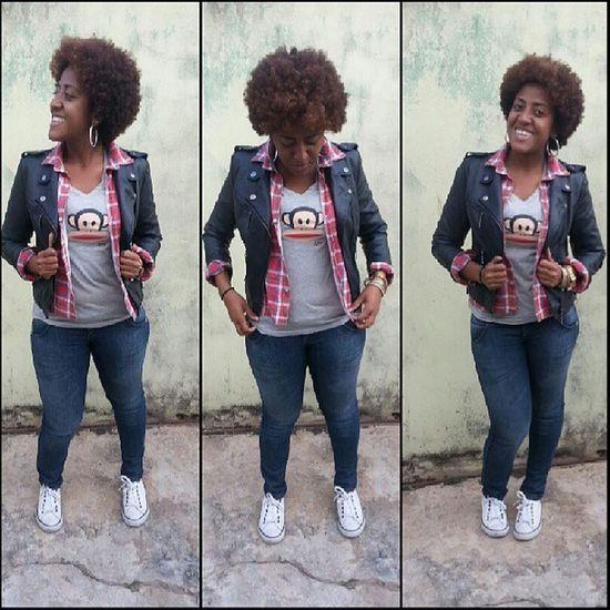 Swaggirl Amazinggirl Curlyhair Blackgirl monkey tshirt jeans jaquetacouro black xadrez lookmonday cavalera smile perfectgirl sobreposicao blackniggaz tshirt cinza urbanstyle underground