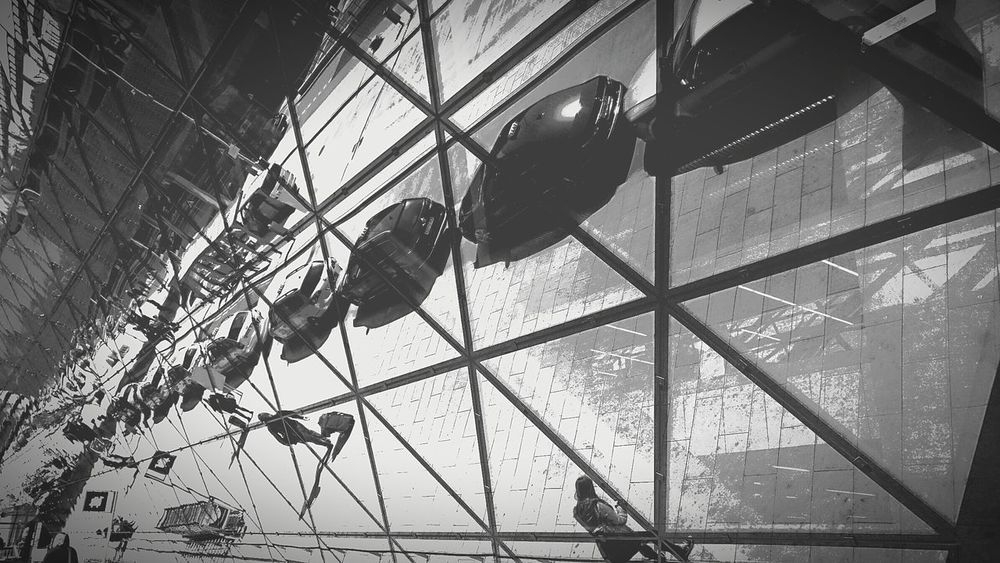 Airport On The Run Blackandwhite Blackandwhite Photography People_bw Mirror Pic Mirrored Mirror Shot Kraków♥ Playing With Pictures. Relaxing Streetphoto_bw Streetphotography Edited My Way Mirror Reflection