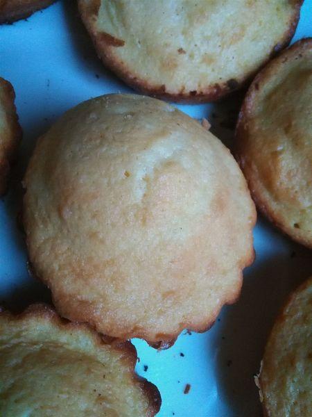 La madeleine à bosse, c'est au dessert ce que le chameau est au désert : indispensable. Madeleines Food Baking Homemade Dessert