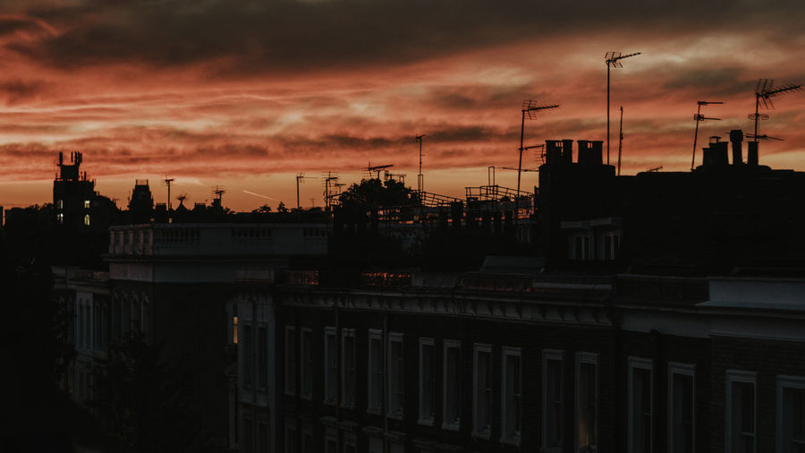 London sunset Architecture Beauty In Nature Building Exterior Built Structure Chelsea City Cityscape Cloud - Sky Day Eye4photography  EyeEm Best Edits EyeEm Best Shots EyeEm Gallery EyeEmBestPics EyeEmNewHere Golden Hour Magic Hour Nature No People Outdoors Silhouette Sky Sun Sunset Sunset_collection The Street Photographer - 2017 EyeEm Awards Neon Life