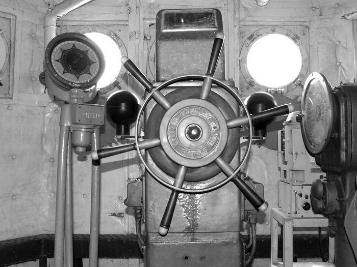 Steering Wheel Ship Ship Old Old Ship Out Of Mission Antique Vintage