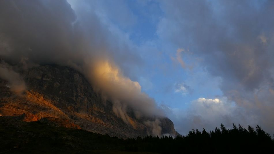 Cloud Eiger North Face Sky And Clouds Eiger Eigernordwand Mountain Streak Of Light Sunset EyeEmNewHere Your Ticket To Europe The Week On EyeEm