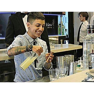 15 competidores realizam o desafio de Ketel One e outros 15 competidores realizam o desafio de Tanqueray N°10 🍸👌 Ketelone Tanquerayten Tanqueray Diageo Worldclass Competition