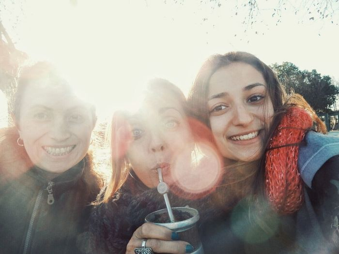 Tomando mate en el parque. Drinking mate outdoors. South America Argentina Latin America People Thats Me  Travel Outdoors Lens Flare Casilda, Argentina Friends Family Drinking Mate Women