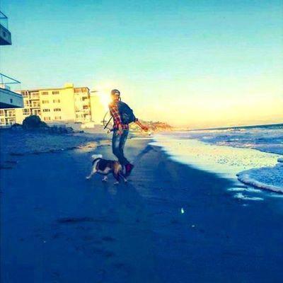 LA Pumba Pumbi BillKaulitz  Beach Walk пумба пумби биллкаулитц пляж прогулка @billkaulitz
