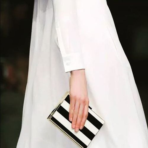 Beautiful Valentino Minimal Clutch Black White Stripes Elegant Elégance Instafashion Goodday Day Instaday Photooftheday Instagood Instamoode Instagram Tagstagramers Tagsforlikes Tastagram Followme Follow