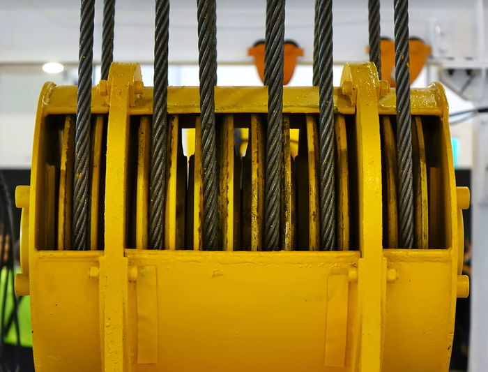 Large yellow steel cable winch Yellow Industry Technology Steel Cable Winch Industrial Winch Crane - Construction Machinery Cable Drum Industrial Equipment Twisted Iron Metal Steel Lifting Equipment