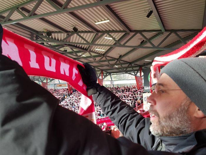 Hymne Alte Försterei Union Berlin Fan Fan - Enthusiast Stadion Real People One Person Men Headshot Leisure Activity Adult Transportation