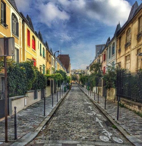 Building Exterior Architecture Built Structure Sky Cloud - Sky Outdoors Day City Tranquil Scene Tranquility Paris Colors Streetphotography Street