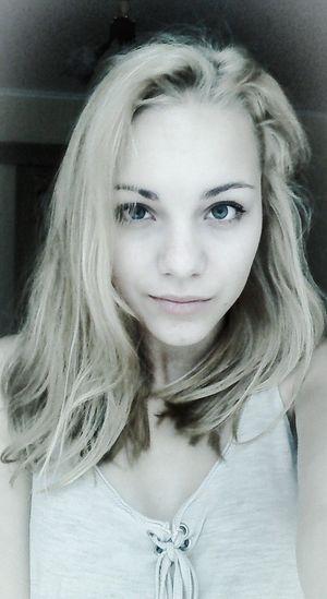 Like4like Blue Eyes Enjoying Life Beautiful Girl