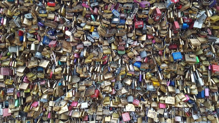 Abundance Large Group Of Objects Love Love Lock Multi Colored No People Outdoors Cadenas Lock Padlock Scenics Paris Pont Des Arts Backgrounds Hanging Metal Safety