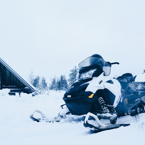 This thing can go over 50km/hr lol Vscocam Snow Snowmobiling Finland suomi lapland rovaniemi