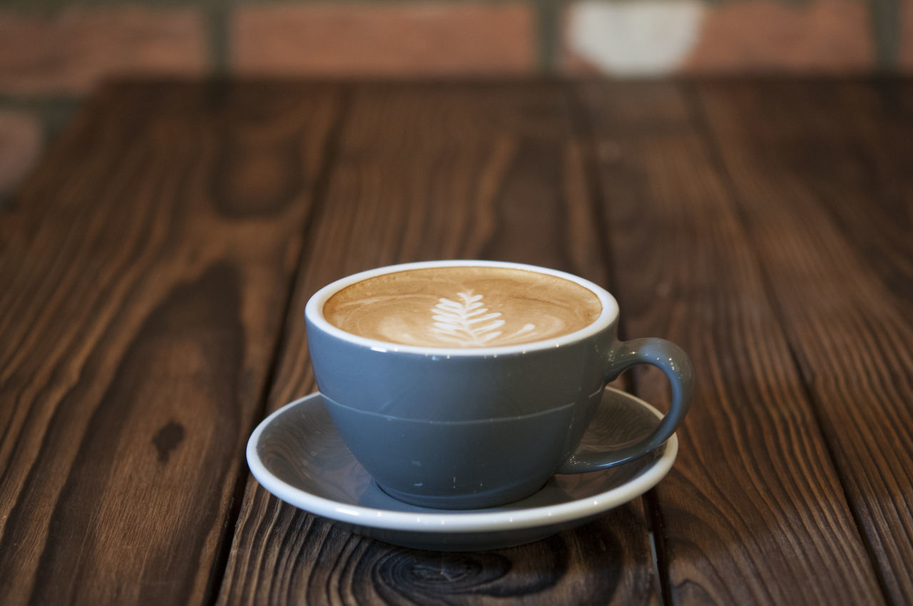 drink, table, coffee cup, refreshment, food and drink, coffee - drink, freshness, wood - material, frothy drink, no people, close-up, indoors, cappuccino, froth art, day
