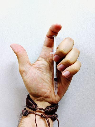 Seringa. My Hand  Myhand Bracelet Bracelets✨ Syringe Human Hand Human Finger Gesturing Close-up Palm