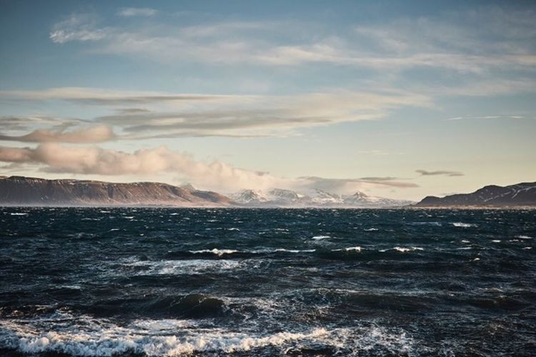 Windy Iceland Traveling Travelling Travel Destinations Traveling Travel Phorography  Landscape Sunrise Silhouette Landscape Iceland Clay Hayner Photo Ocean View Ocean Scenics Cloud - Sky Mountain Outdoors Sunset Wave Power In Nature Day Tranquil Scene Tranquility