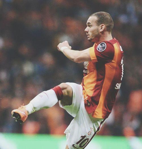 Galatasaray Cimbom 💛❤️ GALATASARAY ☝☝ Galatasaray Sevdası😍 First Eyeem Photo