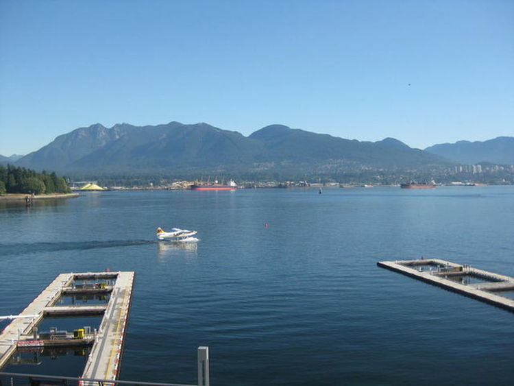 Mountain Pier Harbor Sunny Nautical Vessel Outdoors Blue No People Sea Ship Water Day Landscape Sky Scenics Clear Sky Yacht Tree Nature Architecture Canada Vancouver カナダ バンクーバー