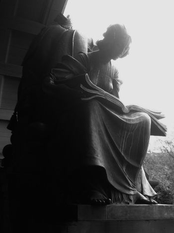 Sitting One Person Women Indoors  Adult Adults Only Day People Human Body Part Statue Sculpture Public Art KelvingroveArtGalleries Kelvingrove Art Gallery Blackandwhite Bnw Black And White Monochrome