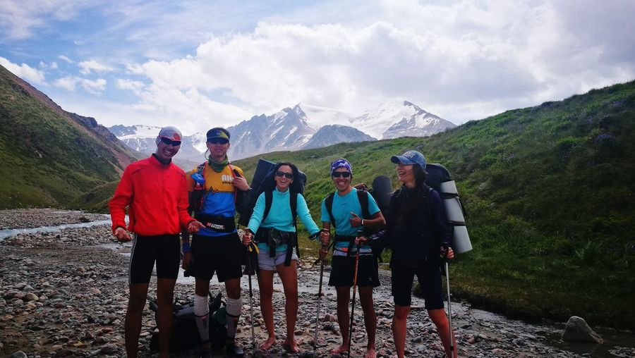 Happy Like-minded People Almatymountains Kazakhstan Activity Day Activity Hiking Hikingadventures EyeEm Selects Man Women Weekend Activities Young Women Friendship Mountain Sportsman Togetherness Full Length Adventure Men Sports Clothing Headwear