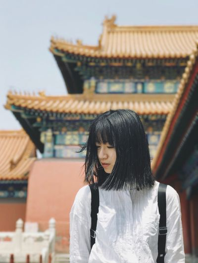 Focus On Foreground Architecture Building Exterior Built Structure Historical Building The Architect - 2017 EyeEm Awards One Person Casual Clothing ThatsMe My Unique Style Travel Destinations Leisure Activity Portrait Portrait Of A Woman Black Hair Asian Girl Girl