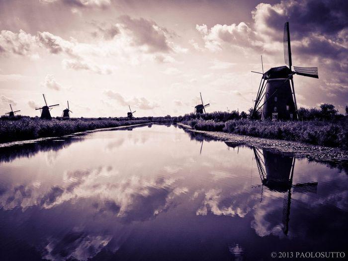 Kinderdijk Holland Water Windmills Peace And Quiet Enjoying Life