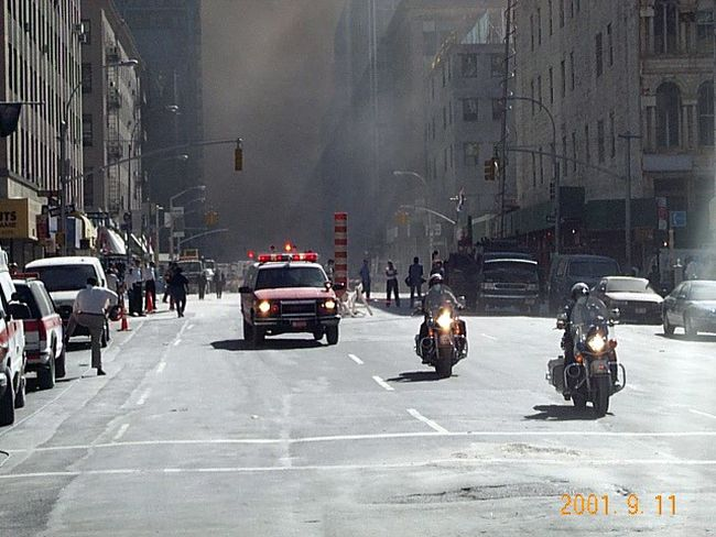 9-11 9-11-2001 9/ 11 911 911worldtradememorial Firefighters R.I.P To Does Who Died In 9:11 World Trade Center WTC