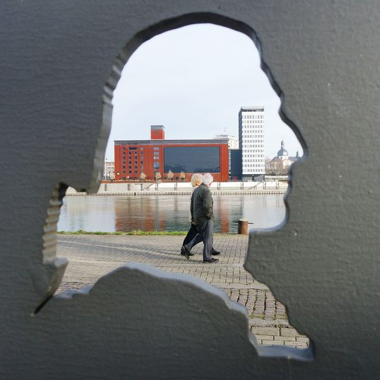 through the head of friedrich schiller....he spent two years here,thats why you find the schiller bicycle route here in Ludwigshafen /Mannheim. ... Schattenriß Strideby Urban Photography The Places I've Been Today Art Friedrich Schiller