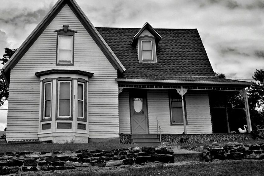 House on the hill Old Houses Small Town Architecture Monochrome What I Saw Nebraska The Architect - 2015 EyeEm Awards