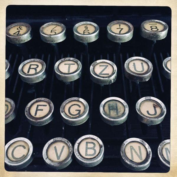 Typewriter Buttons Type Writer Old Typewriter Type Old When Travelling Around