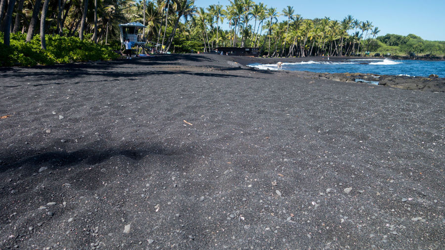 Black Sand Beach Beach Beachphotography Black Sand Black Sand Beach Black Sand Big Island Hawaii Beach Black Sand Momen Nature Ocean Pool Of Water