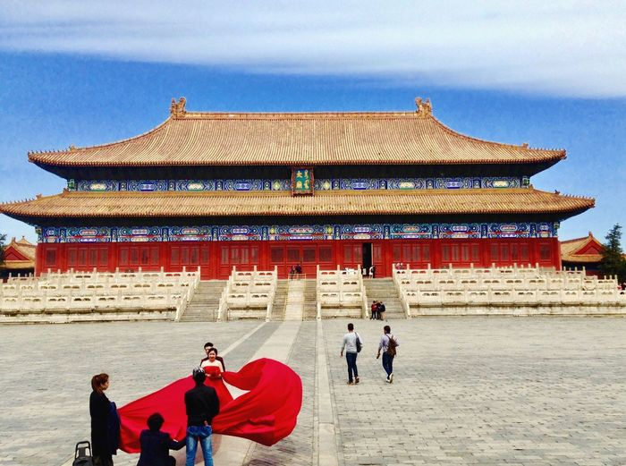 Architecture Travel Destinations Building Exterior Built Structure Real People Tourism Cultures Day History Travel Leisure Activity Men Sky Women Outdoors Ancient Civilization Adult People Wedding Photography Red Forbidden City China Beijing Wedding China Beauty