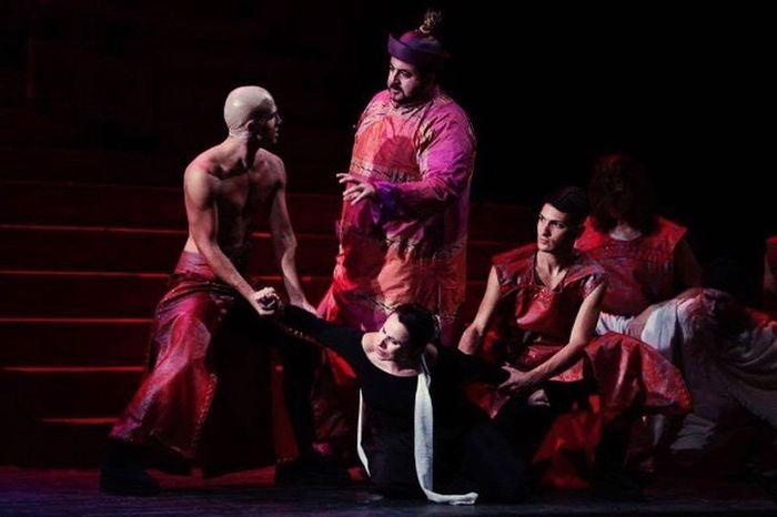 Il Boia - Pu Tin Pao Teatro Massimo Bellini Catania Opera Lirica Lirica Show Tradition Performance People Human Body Part Stage - Performance Space Adult Person Puccini