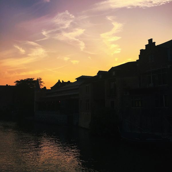 Gent ~ Belgique! Photooftheday Trowback Summer2k15 Beutifulplace Sun_collection, Sky_collection, Cloudporn, Skyporn Photography MorningPost Afterlight