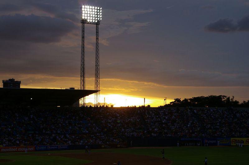 Magallanes vs Tigres Team Game Baseball Home Run