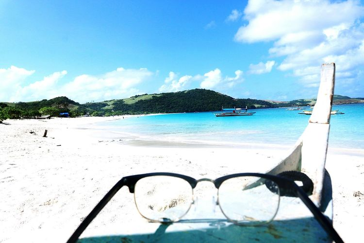 Calaguas through looking glasses 😁 Calaguas Island Calaguas Summer2018 Unplannedgetaway Beaching Beachescape Scenicview Calaguas, Philippines Camarinesnorte Paracale Water Sea UnderSea Tree Beach Eyeglasses  Sand Snorkeling Swimming Calm Bay Of Water Seascape