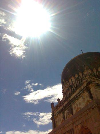 Architecture Travel Destinations Sunbeam Sunlight History Sun Day