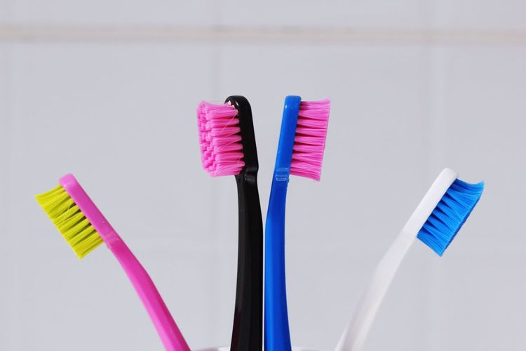 Toothbrush Tooth Teeth Toothbrushes Family Colors Colorful Color Portrait Hello World Dentist Dentistry Taking Photos Macro Photography Macro Macro_collection Dental Clinic Dental Dental Student Hygiene Popular