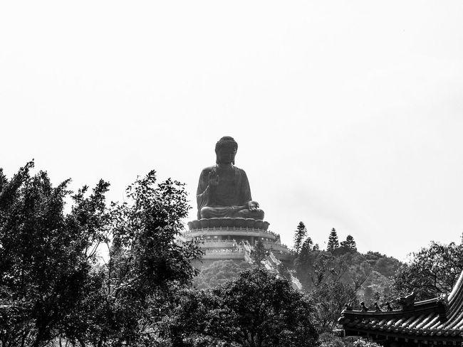Tian Tan Buddha in Hongkong. HongKong Buddha Travel Destinations Travel Photography First Eyeem Photo Tiantanbuddha Buddha Statue Blackandwhite Blackandwhite Photography Landmark Worldwonder