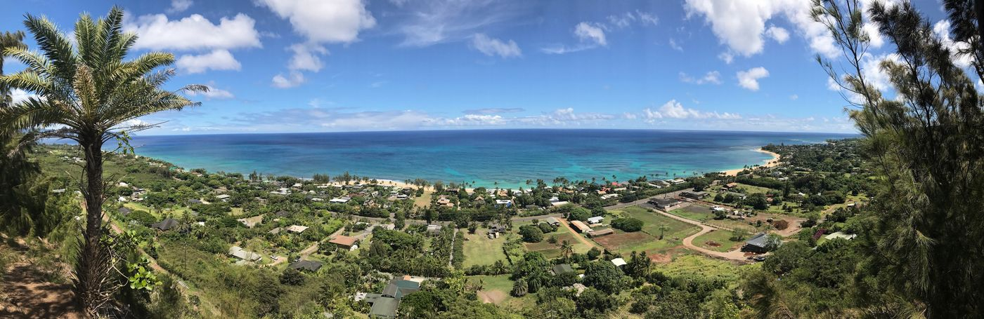"""""""The best view comes after the hardest climb."""" ~ anonymous Hike Beauty In Nature Hawaii Life Scenics Outdoors EyeEmNewHere Lifestyles Horizon Over Water"""