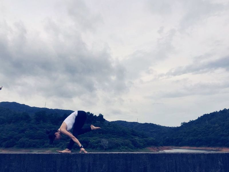 Sky Cloud - Sky One Person Real People Lifestyles Mountain Full Length Nature Women Bending Side View Young Adult Relaxation Beauty In Nature Day Tranquility EyeEmNewHere
